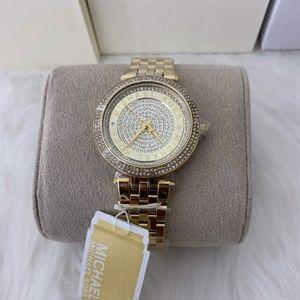 Women Michael kors wristwatch